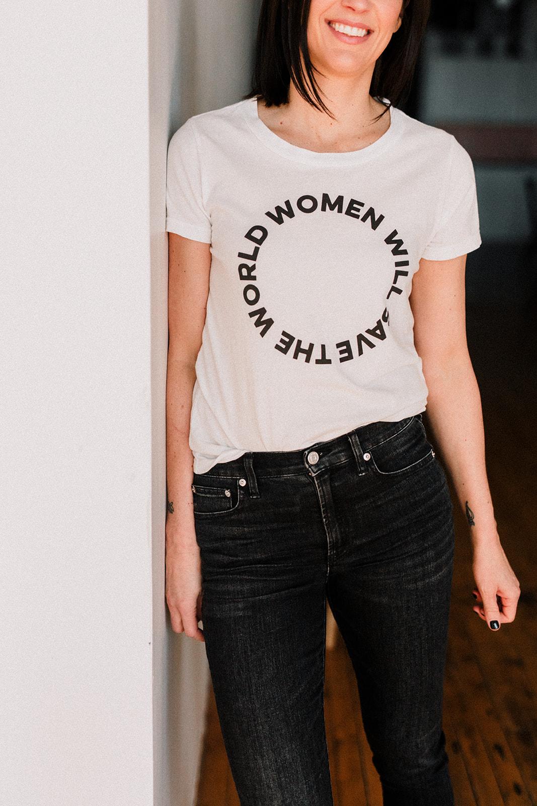 Lyndsey Macmillan, The Indie Queens team